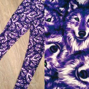 LuLaRoe purple wolf O/S leggings